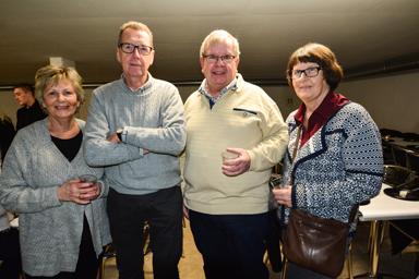 Gun och Bengt Svensson, Ingemar och Maud Almegren.<br />Almegrens återvänder till Bollebygd efter 40 år. De har bott 30 år i Strömstad och 10 år i Sätila.