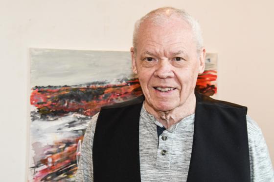 Konstnären Jan Dahl ställer ut på Galleri Odinslund i Bollebygd.