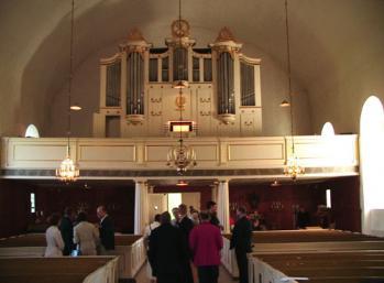Efter återinvigningen av Nils Ahlstrands orgel i Västra Hargs kyrka