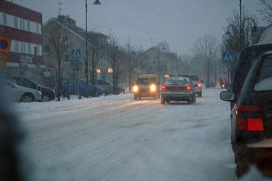 SMHI varnar för trafiksvårigheter under dagen