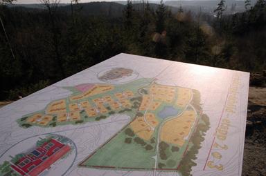 Utsikten är imponerande från den plats där de nya tomterna är planerade.