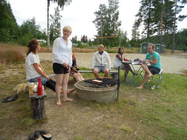 Lina basade för grillningen!