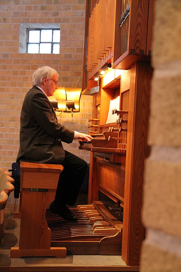 <span>Per Thunarf gav en liten konsert i Åkersberga kyrka.</span>