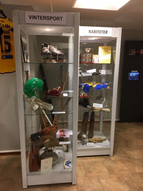 I Idrottsmuseumets montrar finns det många spännande klenoder från Blekinges Idrottsvärld.