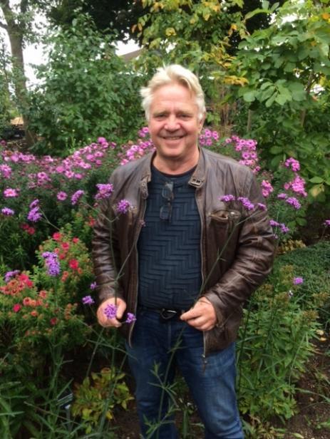 Peter Englander föreläste om konsten att odla det omöjliga och menade på att alla borde ha en kastanj, en nektarin och en persika i trädgården.