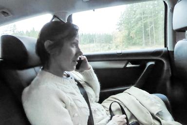 Annika Andersson Ribbing arbetar som politiskt sakkunnig åt Sven-Erik Bucht.<br />Hon jobbade i stort sett hela vägen mellan Landvetter och Herrljunga.
