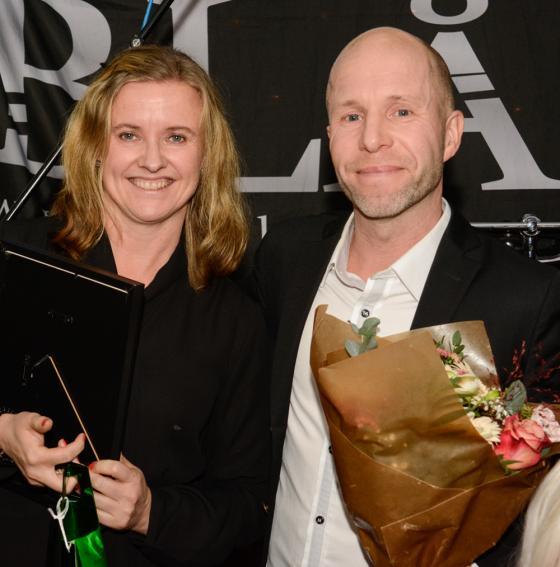 Paret Maria Johansson och Patrick Nordin blev tillsammans med<br />sina barn Kim och Oskar utsedda till Årets Hestraforsare.
