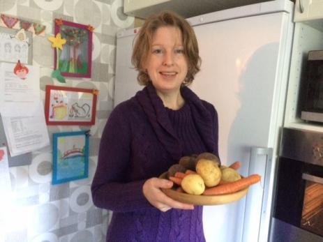 - Det är viktiga är att maten är näringsrik och ger bränsle, det går före smakupplevelsen, även om den också är viktig så klart, säger Louise.