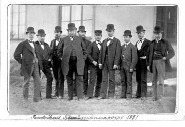 Göran Fredrik Göransson med sina högre tjänstemän 1881. Göran Fredrik fyra från vänster