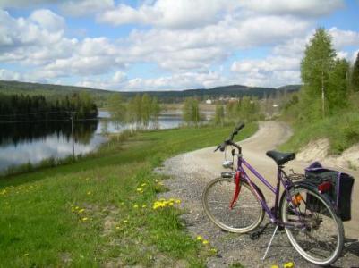 Cykelleden med utsikt mot Viksäter.