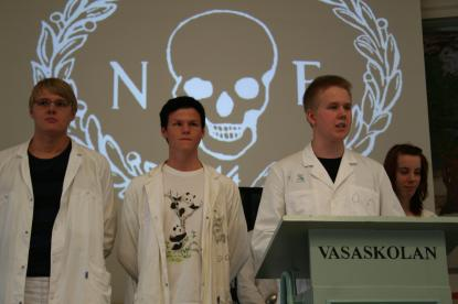 Naturvetenskapliga föreningen i labbuniform