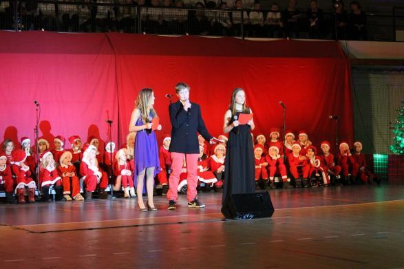 Emma, Ida och David hälsar alla välkomna till kvällens konsert.