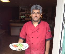 Josef Saleh trivs mycket bra med att driva restaurang i Bräkne-Hoby och känner sig som en Hobybo. Därför döpte han om restaurangen från Febronya till BräkneKrogen.