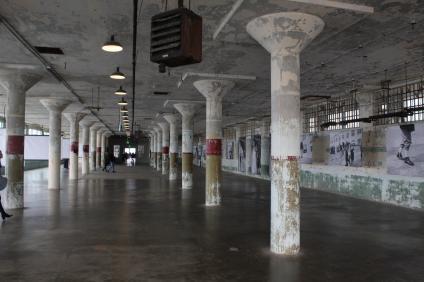Föredetta arbetssal i Alcatraz. Idag en bildutställning.