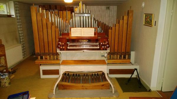 Bild på orgeln.