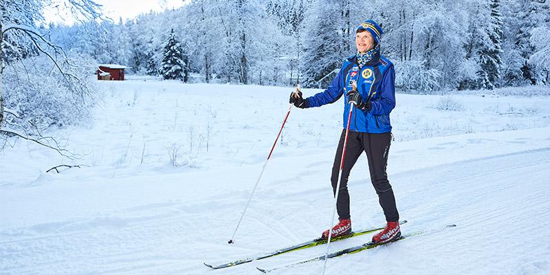 Älskar att vara ute. Ingrid Krafft har nära till Hestra- stugan och Hestra IF:s skidspår.