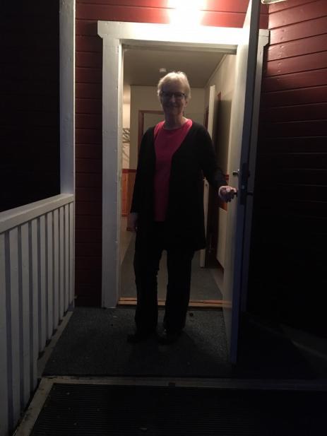 Varje torsdagskväll öppnar Birthe Balskov upp dörren i Strångamålas Bygdegård till sin \