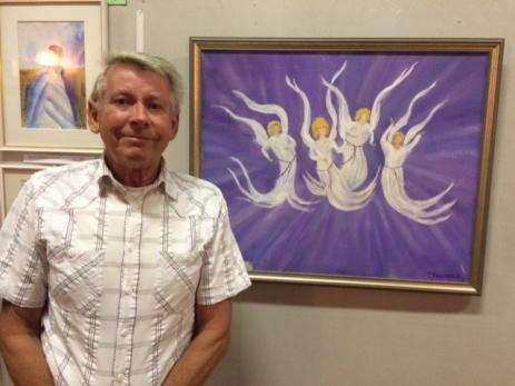 Tommy Persson har under många år varit ledare för målarkursen som man har på Folkets Hus.<br />- Man utvecklar inte bara sitt måleri där utan den fyller också en stor social funktion, säger Tommy.