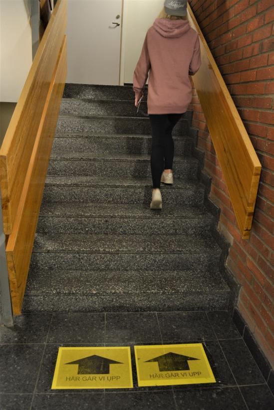 Enkelriktad trappa.
