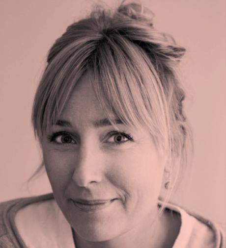 Linn Tornérhielm, COO och affärsområdeschef för Berghs Professional. Linn utvecklar befintliga och nya kurser och format för yrkesverksamma kommunikatörer. Linn har ett förflutet från den digitala världen och har arbetat med datorspel och andra digitala produkter och tjänster på förlag och byråer sedan mitten av 90-talet.