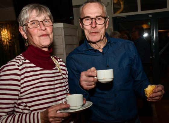 Britta Folkesson och Rolf Andersson, två pausminglare.